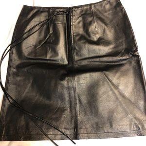 Newport News Black Leather Pencil Skirt Size 16